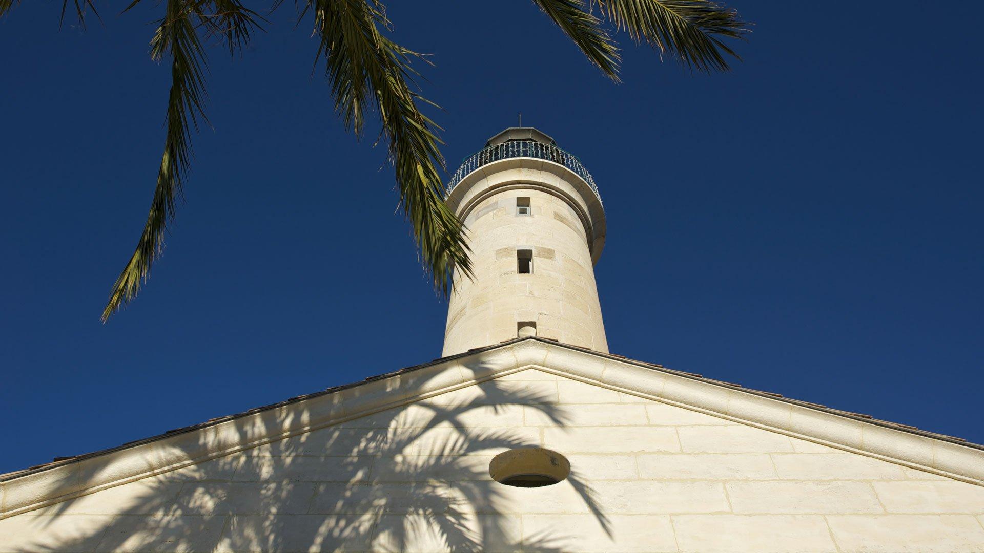 Grau du roi phare - Les jardins d arcadie le grau du roi ...